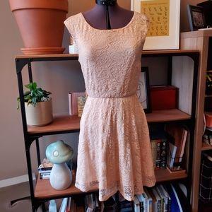Streetwear Society Blush Lace Dress Sz. SM